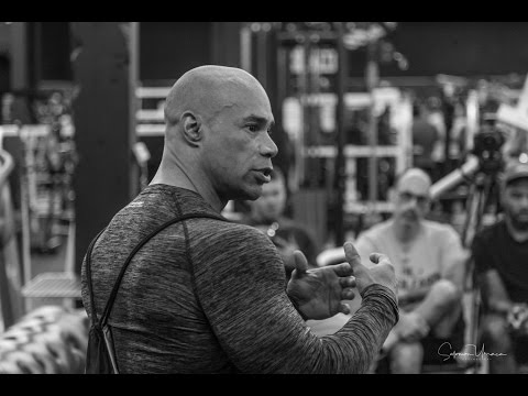 KEVIN LEVRONE AT IRON ADDICTS MIAMI WORKING OUT ARMS