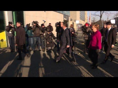 Merkel, Schulz arrive for more coalition talks in Berlin