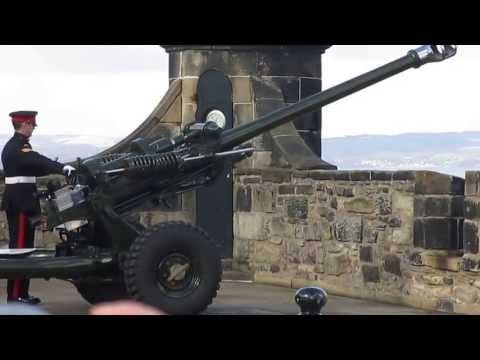 Scotland, Edinburgh Castle Cannon