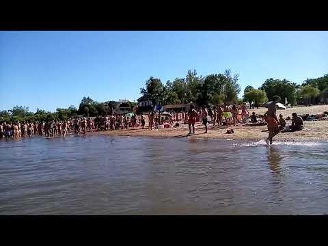 Descontrol en las playas de Colón