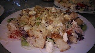 Цезарь в Греции -мой авторский салат-такого вы ещё не пробовали! Ну очень вкусно!