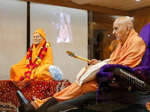 Guruhari Darshan 17 Jan 2015 - Pramukh Swami Maharaj's Vicharan