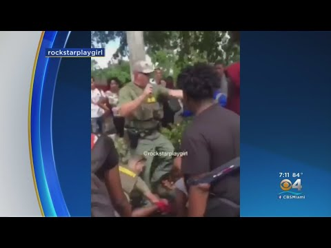 Broward Sheriff's Deputy Uses Pepper Spray & Body Slams Teen Before Punching Him In Head