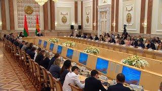 "Лукашенко расставил точки над ""i"" в вопросе, кто перед кем извинялся на саммите в Санкт-Петербурге"