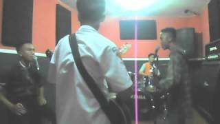 UFO - pok polisi cover by IDE OUT