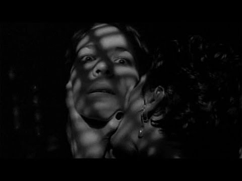 The Addiction (Vampiri a New York), Abel Ferrara - Il primo morso Travel Video