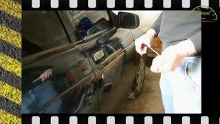 Как открыть дверь ВАЗ 2110 без ключа(В видео показано как быстро открыть дверь ВАЗ 2110, если по каким то причинам ключа нет под рукой или ключ..., 2016-05-21T06:40:26.000Z)