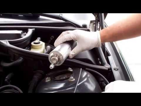 BMW E46 Fuel Filter and Pressure Regulator Vacuum Line Replacement