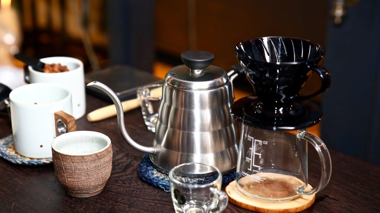 HARIO 小雲朵不鏽鋼手沖壺 & HARIO V60 透明黑咖啡濾杯|丸角後院|手沖咖啡教學示範使用操作影片 - YouTube