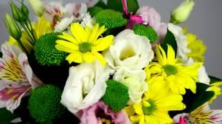 Цветочная композиция в чашке. Заказать цветы - SendFlowers.ua(Моя партнерская программа VSP Group. Подключайся! https://youpartnerwsp.com/ru/join?58794., 2014-03-31T09:52:31.000Z)