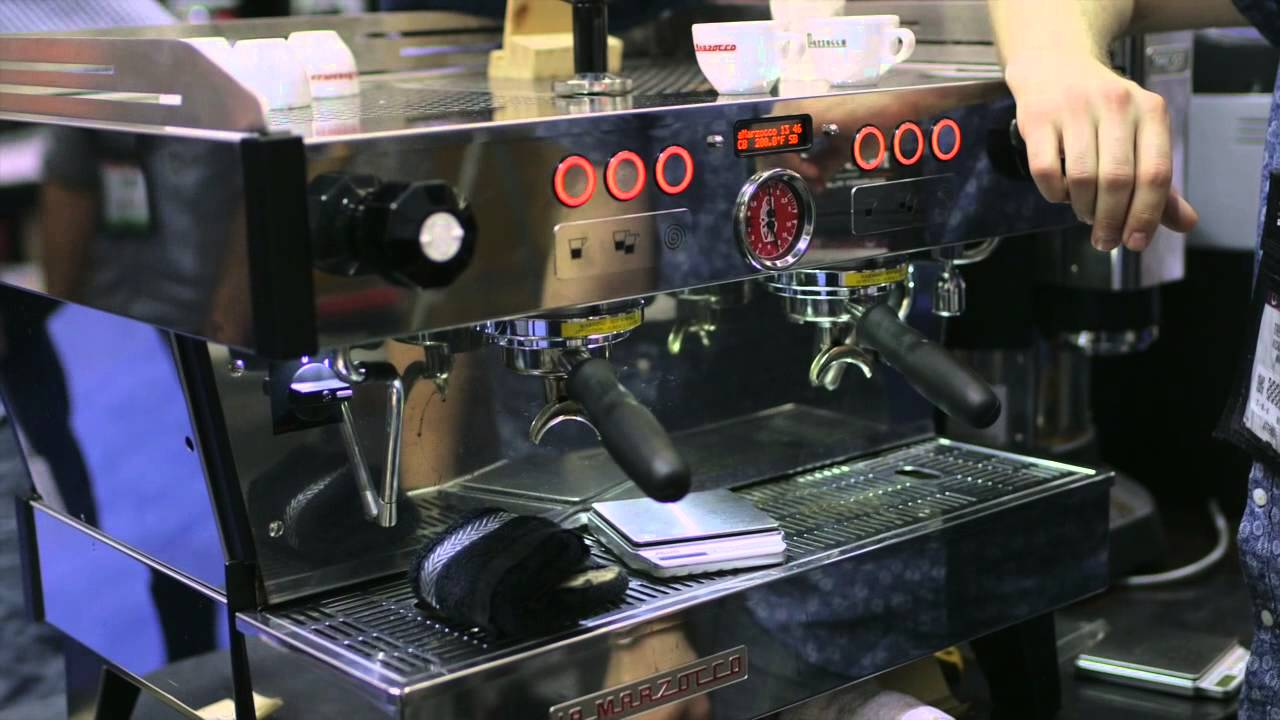 scaa 2014 la marzocco linea pb espresso machine youtube. Black Bedroom Furniture Sets. Home Design Ideas