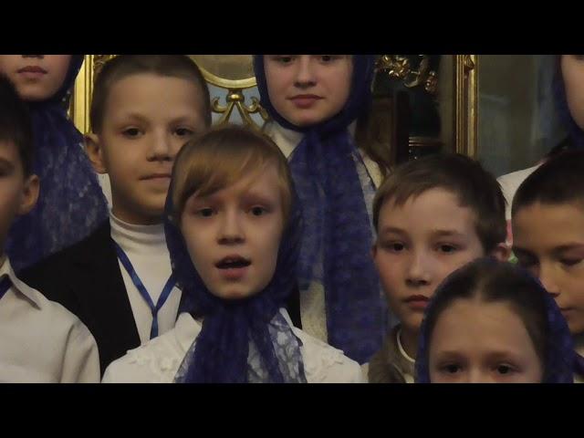 Выступление воспитанников воскресной школы, посвящённое Празднику Озерянской иконы Божией Матери.