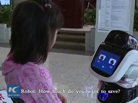 Robot becomes bank lobby manager in Shanghai