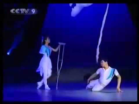 pOwerful Vũ công CHIẾN THẮNG BẢN THÂN   Điệu múa rung động hàng triệu trái tim Amway2u com