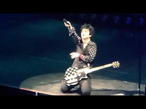 Boulevard of Broken Dreams  -  live in Manchester - Green Day Revolution Radio Tour 2017
