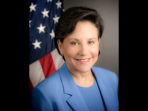 Sec. of Commerce Penny Pritzker: Rebalance Meets Revitalization in the Pacific [English]