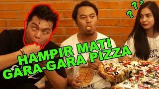 "INDONESIA ""PAKE NASI"" Awkward PIZZA"