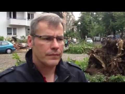 Feuerwehrsprecher Jens Peter Wilke Zum Unwetter Uber Berlin Youtube