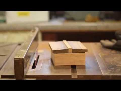 making-doug-stowe's-lift-lid-christmas-boxes