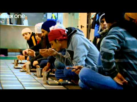 Dinner Time at Glasgow's Central Gurdwara - Kevin Bridges: What's The Story? - Episode 6 - BBC One