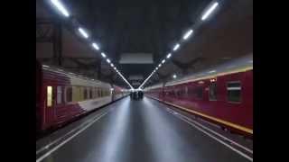 ...как объявляют поезда на Московском вокзале в Петербурге ноябрь 2014...