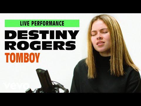 Смотреть клип Destiny Rogers - Tomboy