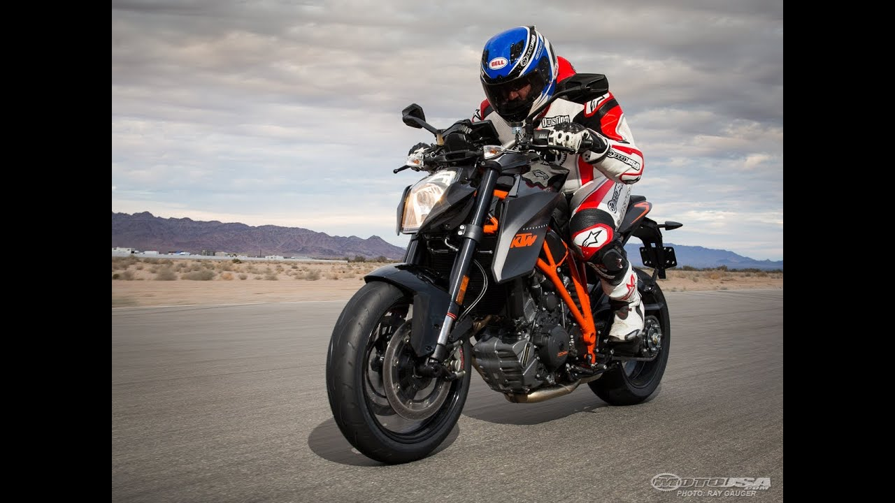 2014 KTM 1290 Super Duke R Review - MotoUSA - YouTube