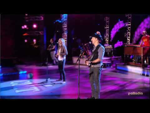 Jennifer Nettles & Sugarland - Just Might (Make Me Believe) Live 2007