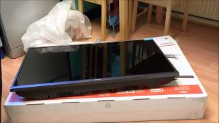 Hitachi 42 quot Smart Full HD TV Unboxing