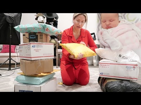 OPENING PO BOX MAIL FOR SNOW