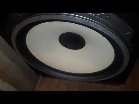 Waking Up The Neighborhood! Bass Test Fisher ST-843 Speakers