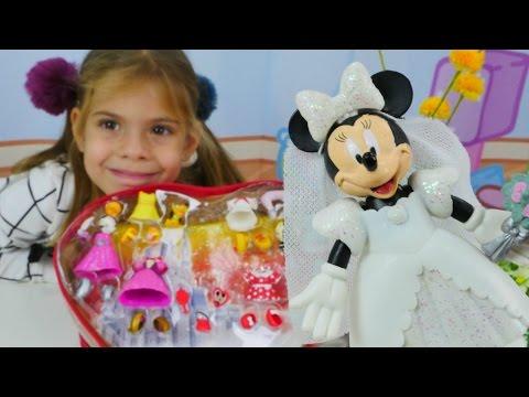 Видео для девочек - Минни Маус наряжается