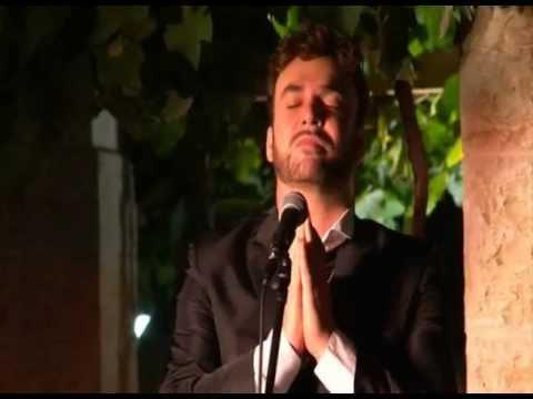 """דוד דאור בביצוע """"אבינו מלכנו"""" בעיר דוד"""
