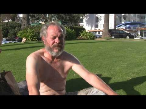 Homeless Man Used to Be a Banker Before the Recession