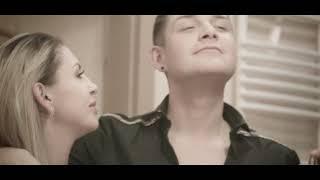 Смотреть клип Julia Jaroszewska Feat. Lilu - Nie Uciekaj