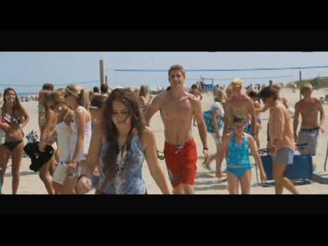 The Last Song Movie Scene: Beach Meeting