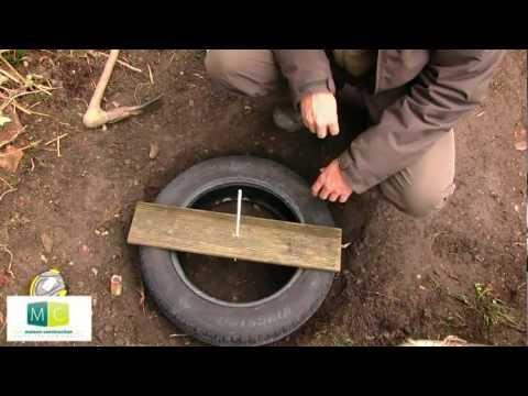 Fondation maison pneus,fondations légères sans béton-Building a tire foundation without concrete