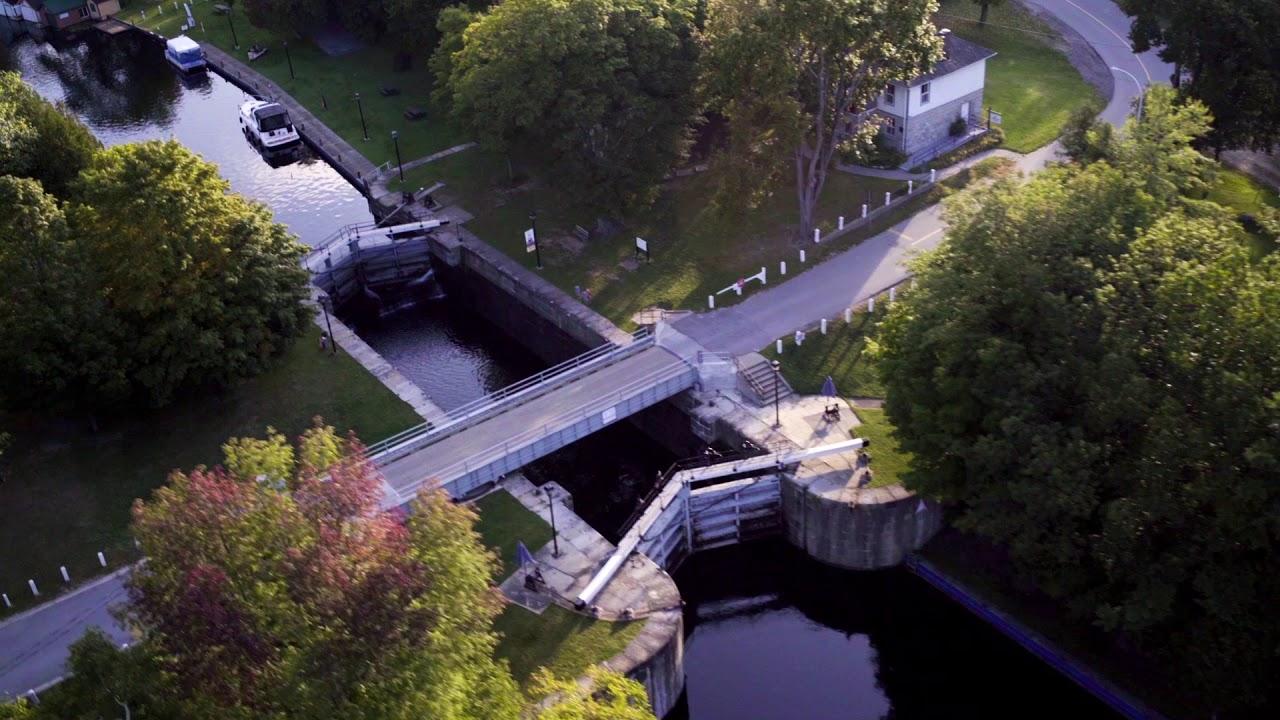 Le Boat   Canada   Rideau Canal - YouTube