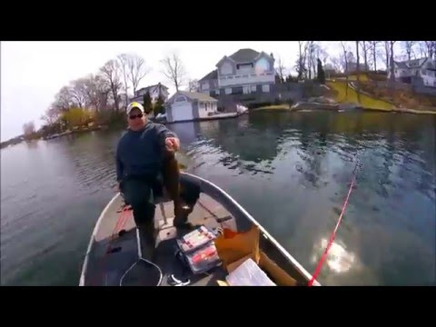 Pre-Spawn Smallmouth Bass Fishing