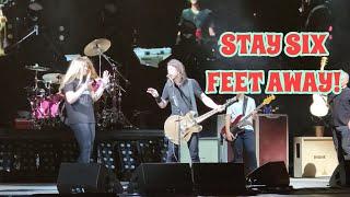 Foo Fighters - Monkey Wrench w/ fan playing guitar Live Bonner Springs, KS
