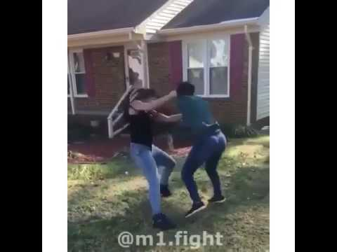 Black girl vs white girl fight