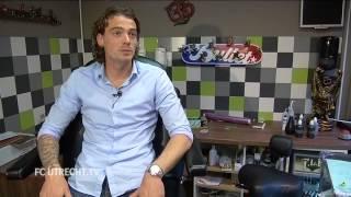 FC Utrecht.TV: Heerings en Bulthuis in de tattooshop
