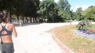 2012年8月にフランスのパリを再訪した際に、シャンゼリゼ通りをコンコル...