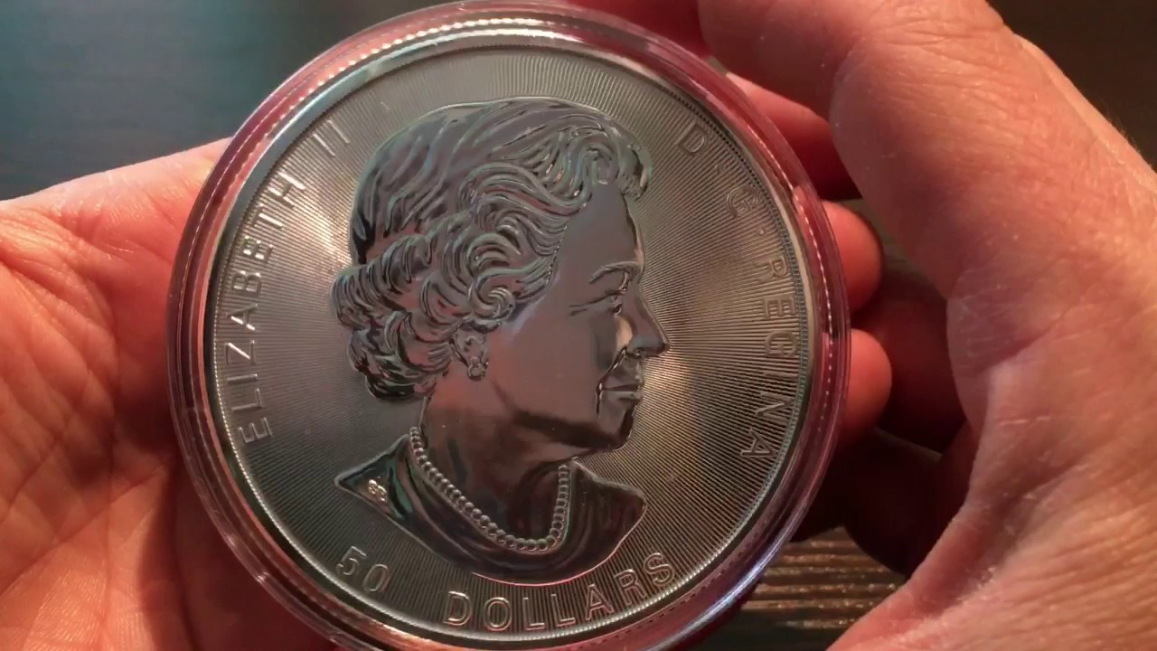 Unboxing A Brand New 2017 Canadian 10 Oz Silver 50