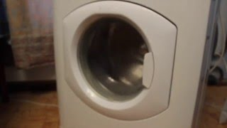 Как шумит стиральная машина, если разбит подшипник.(http://washrepair.ru - Ремонт стиральных машин в Москве http://washrepair.ru/priznaki-togo-chto-trebuetsya-zamena-po/ - Здесь описаны признаки..., 2015-11-30T22:28:46.000Z)