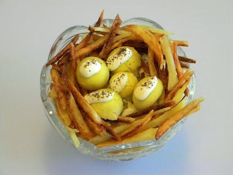 Салат Перепелиное гнездо - на любом празднике съедается быстро.