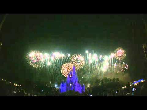 Magic, Music, and Mayhem Fireworks Spectacular - Magic Kingdom - Pirate and Princess Party