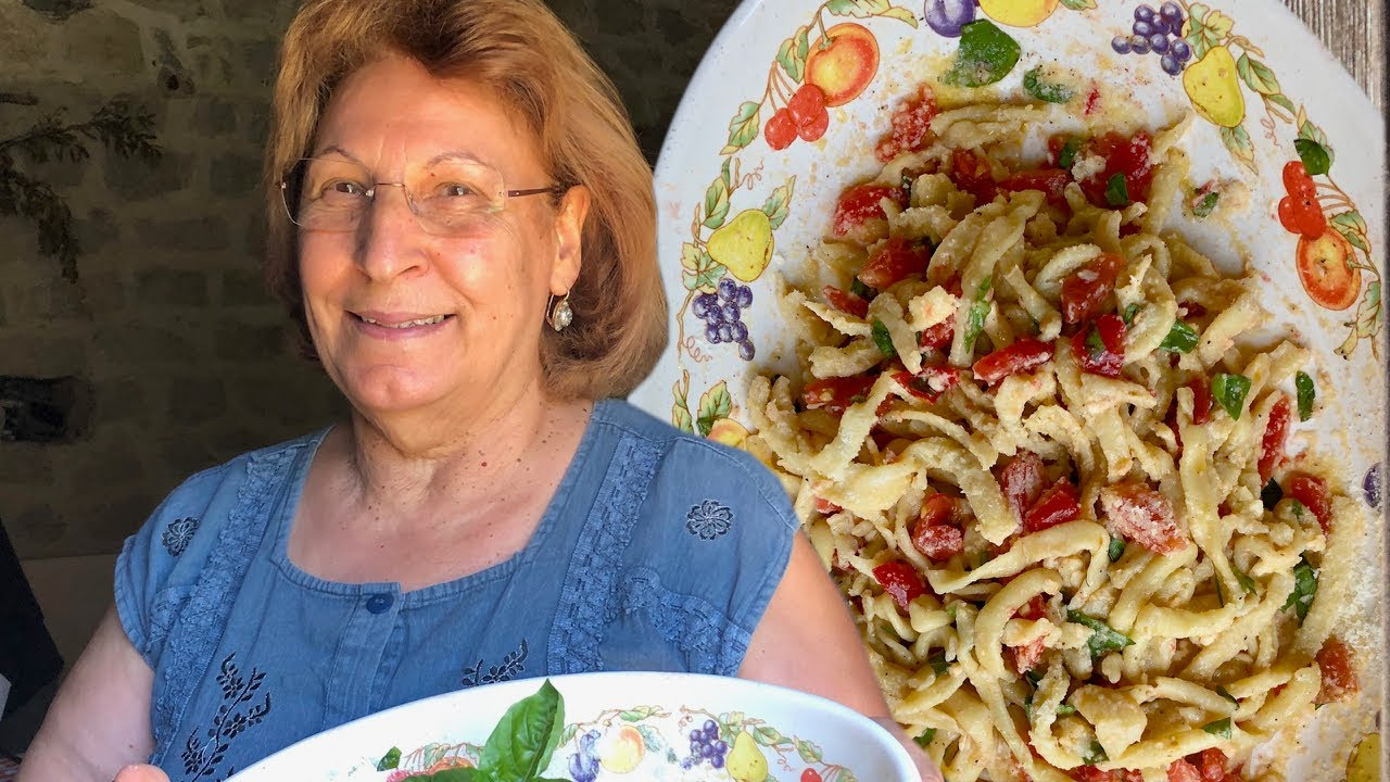 Discover sun-warmed 'pasta trapanese' made with heritage wheat | Pasta Grannies