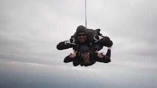 Malú celebra su 35 cumpleaños... ¡Por los aires!