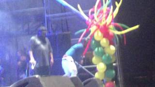 "Beenie Man & Fambo ""Drinking Rum & Red Bull"" Live in NYC"